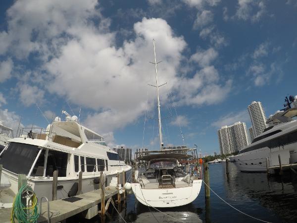2016 BENETEAU Oceanis 60 Cruising Sailboat 2482496