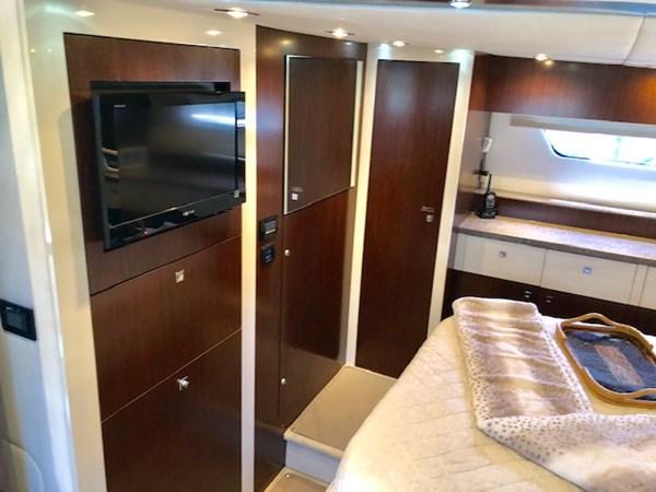 Master Stateroom 2011 Cruisers Yachts 48 Cantius Cruiser 2485361