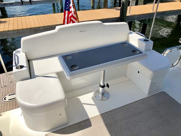 Cockpit Seating and Table 2011 Cruisers Yachts 48 Cantius Cruiser 2485375