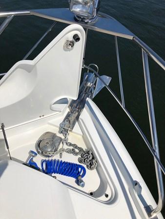 Windlass Anchor 2011 Cruisers Yachts 48 Cantius Cruiser 2485380