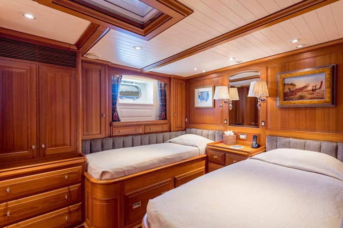 Guest Stateroom 1998 ALLOY Sailing Yacht  Cruising Sailboat 2486772