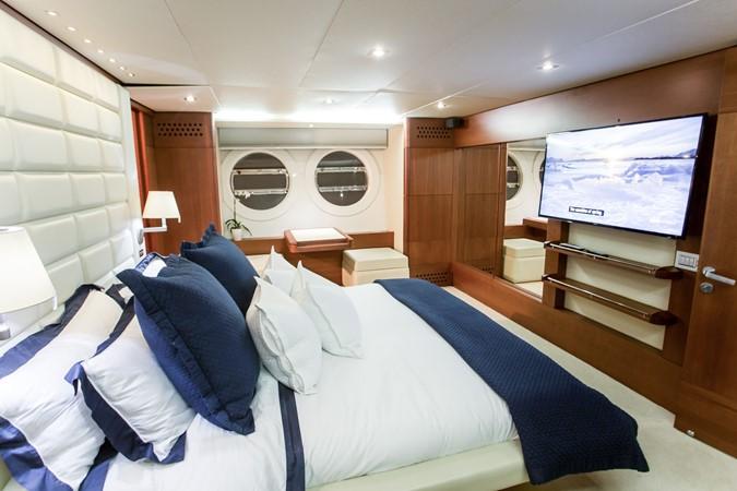 2010 AICON YACHTS  Motor Yacht 2490797