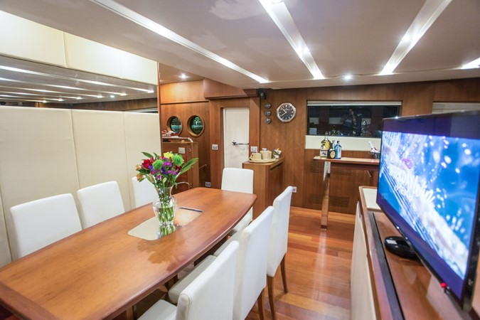 2010 AICON YACHTS  Motor Yacht 2490800