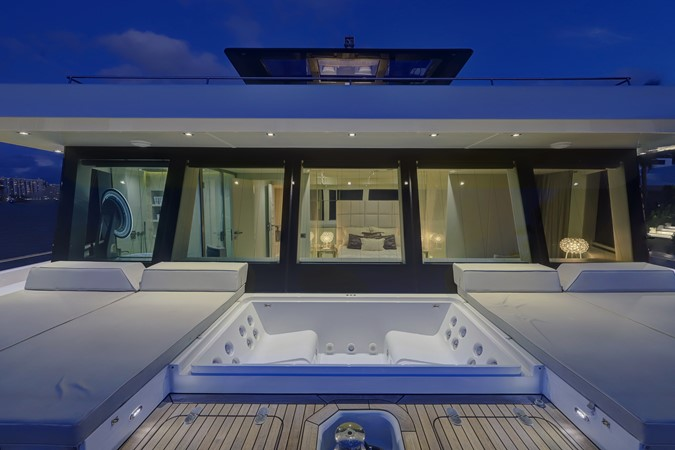 2017 SUNREEF Supreme 68 Power Catamaran 2492535