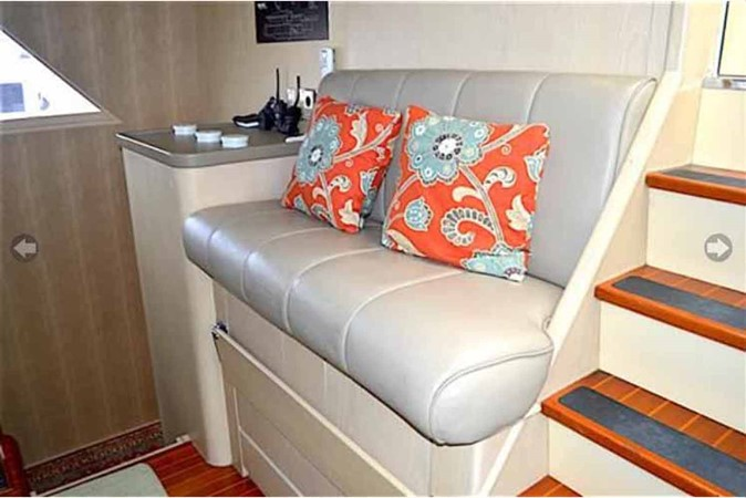 Pilothouse Helm Seat 1990 BROWARD Custom Extended Motor Yacht 2499310