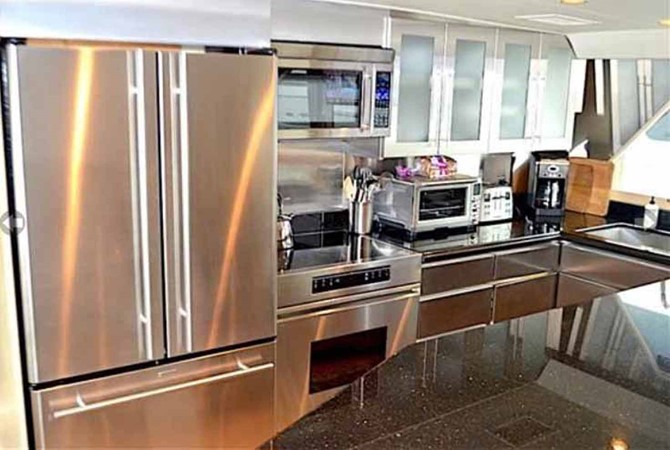 Galley 1990 BROWARD Custom Extended Motor Yacht 2499312