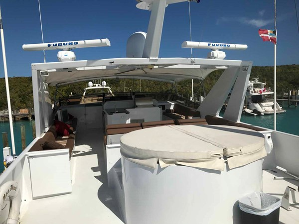 Boat Deck Hot Tub 1990 BROWARD Custom Extended Motor Yacht 2499365