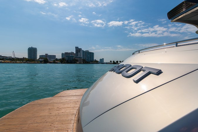 82 Pershing Groot_Exteriors and Details_02-SMALL 2015 PERSHING  High Performance 2492028