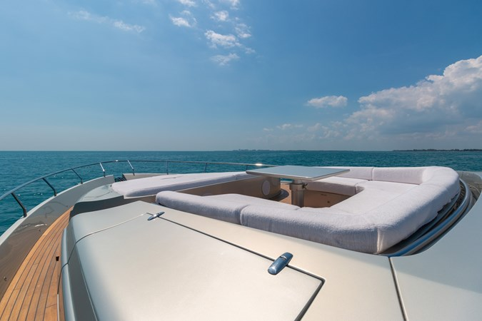 82 Pershing Groot_Exteriors and Details_10-SMALL 2015 PERSHING  High Performance 2492036