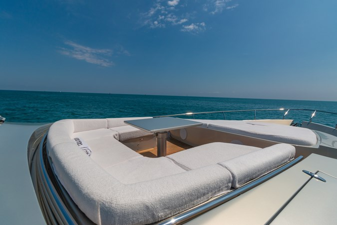 82 Pershing Groot_Exteriors and Details_14-SMALL 2015 PERSHING  High Performance 2492040