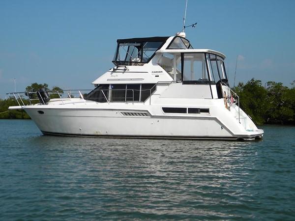1997 CARVER Carver 355 aft cabin Motor Yacht 2492273