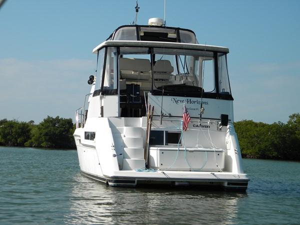 1997 CARVER Carver 355 aft cabin Motor Yacht 2492275