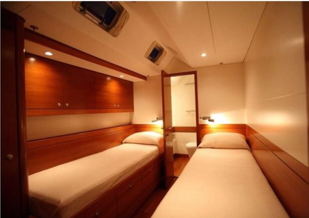 Guest Cabin Aft (4th) 2008 NAUTOR'S SWAN Swan 90 Racing Sailboat 2494410