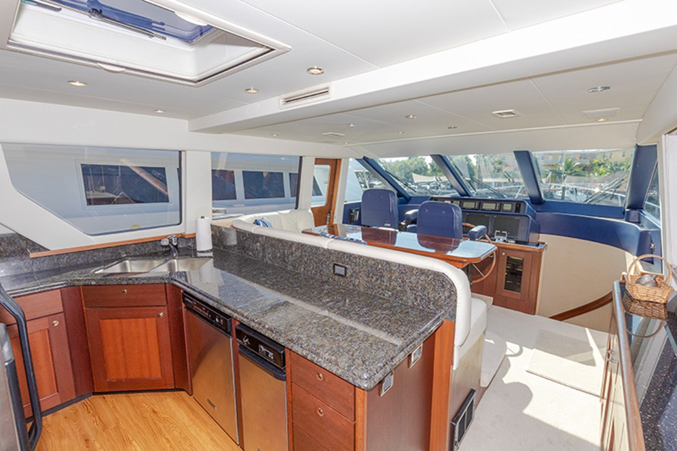 Galley 2006 PACIFIC MARINER  Motor Yacht 2537824