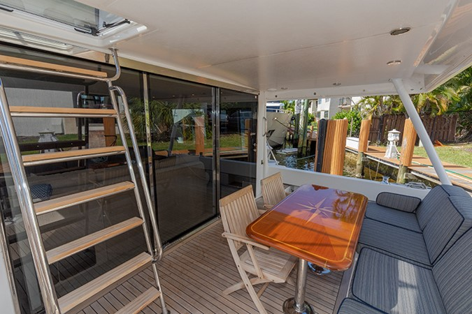 Aft Deck 2006 PACIFIC MARINER  Motor Yacht 2537845