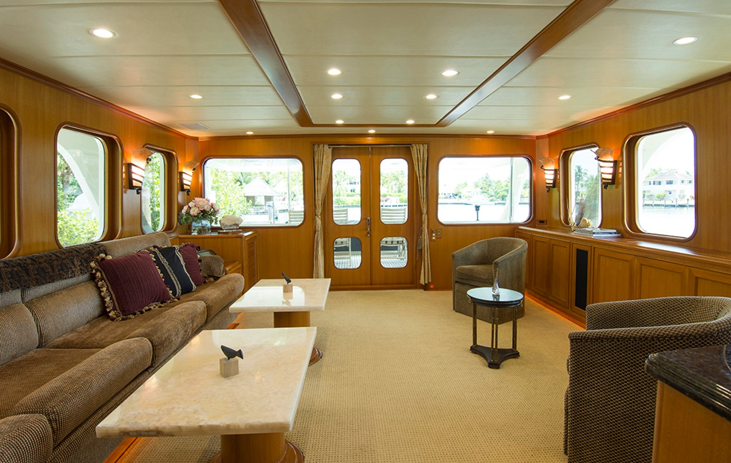 Salon Aft 2007 OFFSHORE YACHTS Voyager Motor Yacht 2533928