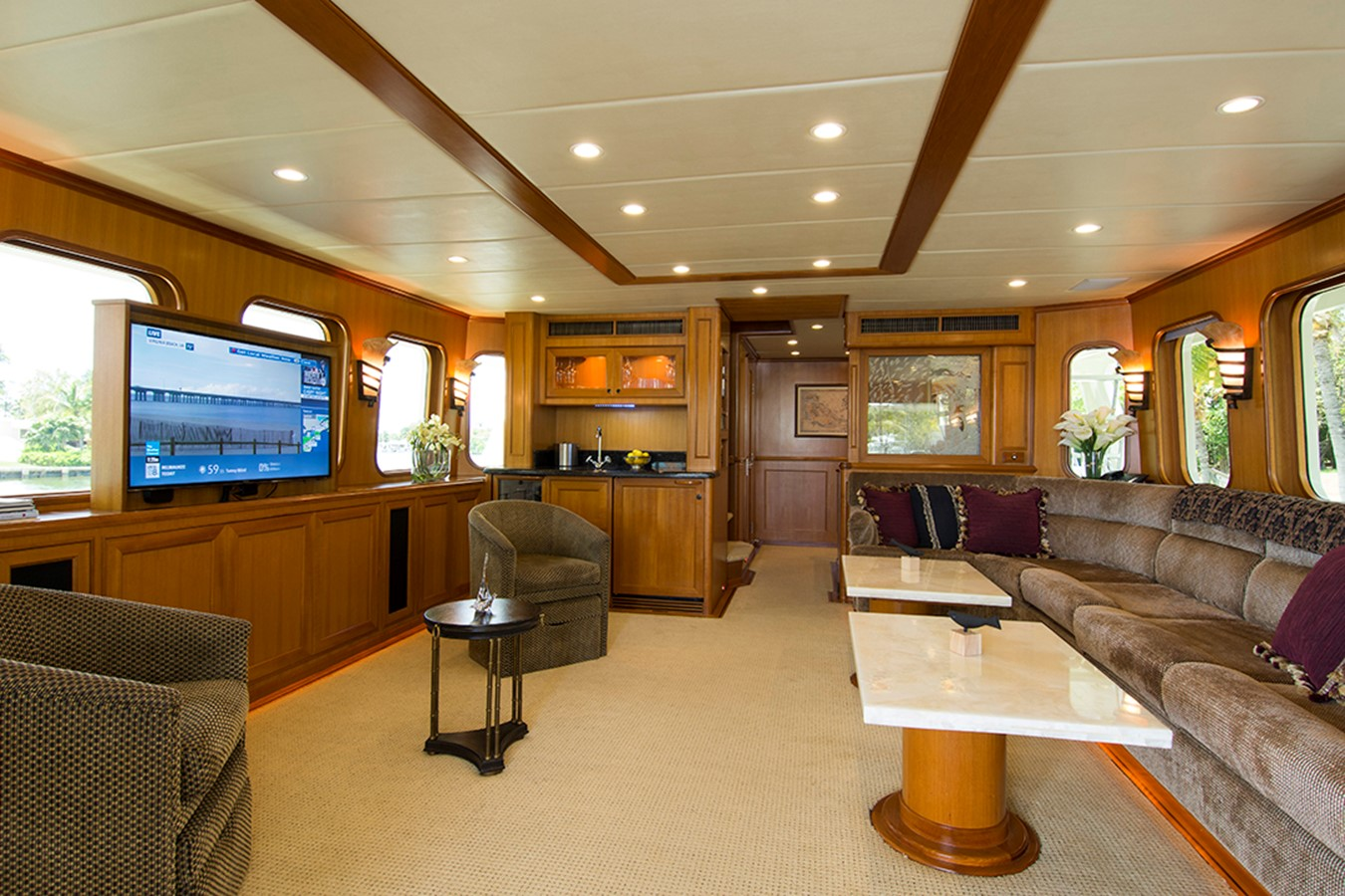 Salon TV 2007 OFFSHORE YACHTS Voyager Motor Yacht 2533929
