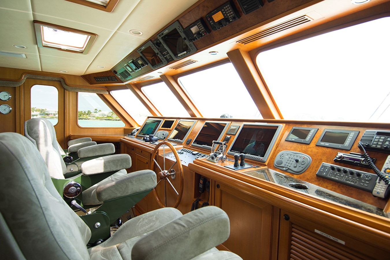 Pilothouse 2007 OFFSHORE YACHTS Voyager Motor Yacht 2533930