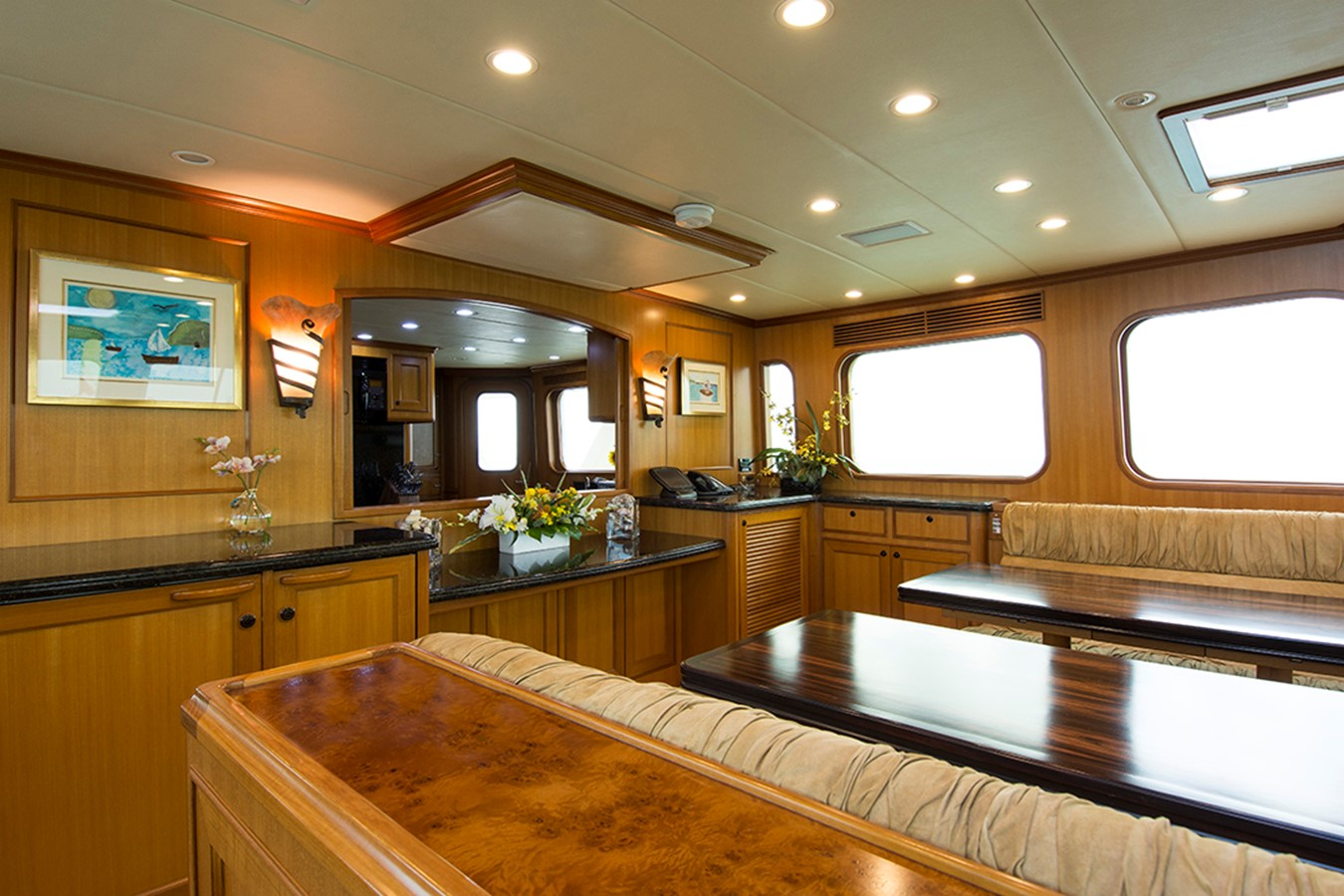 Formal Dining Fwd 2007 OFFSHORE YACHTS Voyager Motor Yacht 2535016
