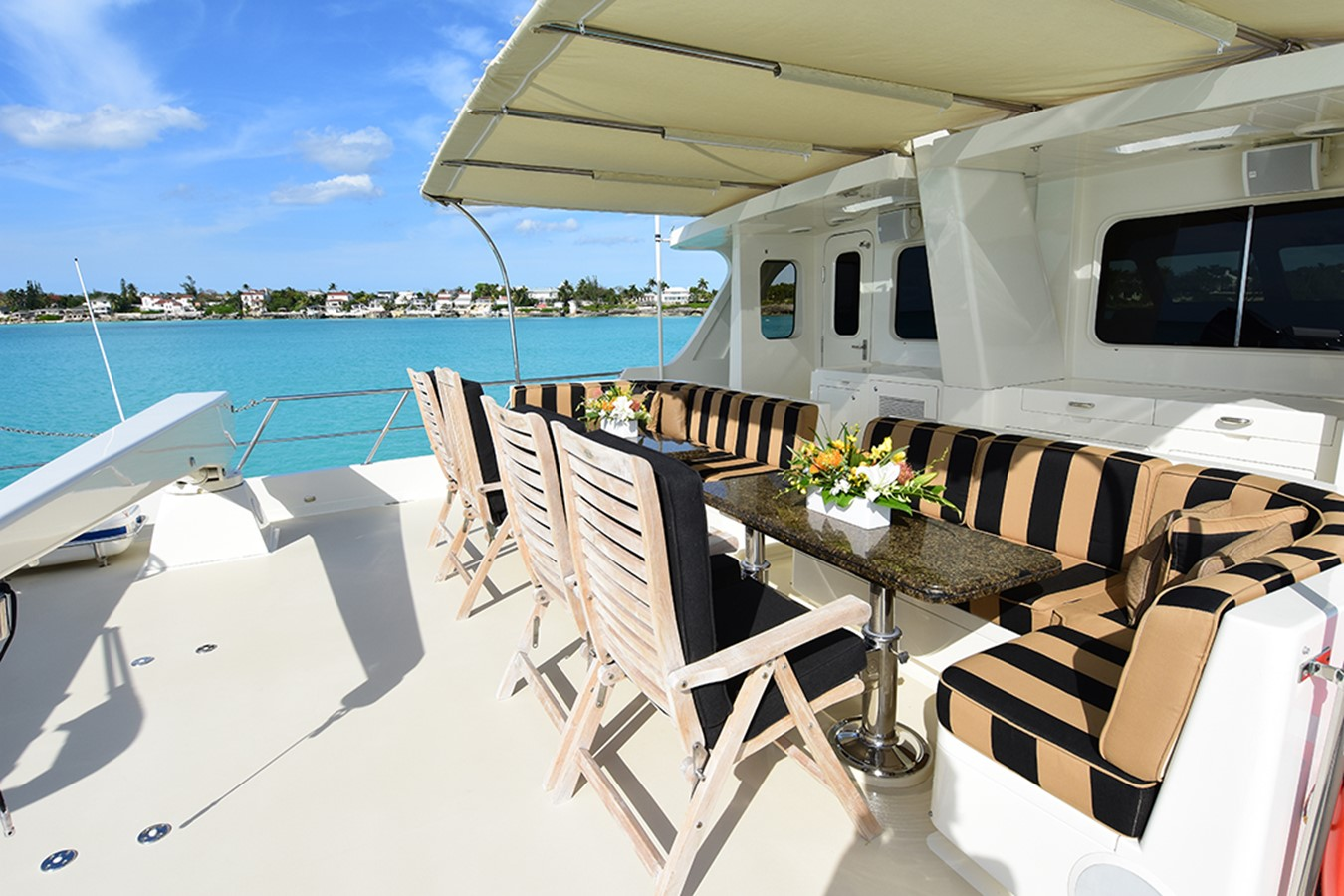 Boat Deck 2007 OFFSHORE YACHTS Voyager Motor Yacht 2535018