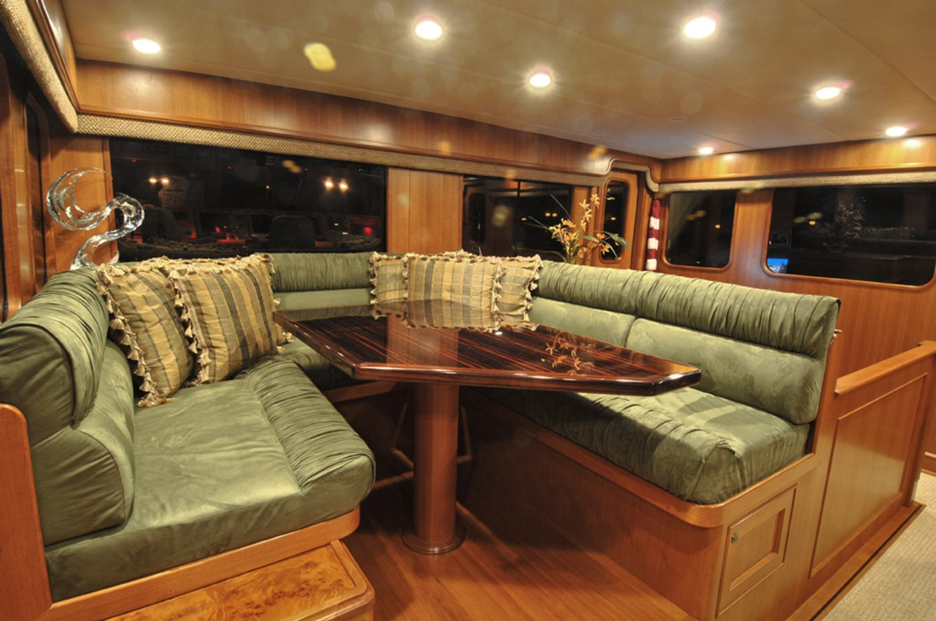 Pilothouse 2007 OFFSHORE YACHTS Voyager Motor Yacht 2535643