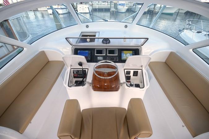 Command Bridge 2013 VIKING 42 Open Sport Fisherman 2495988