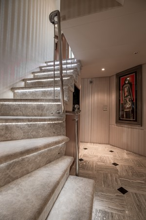 Stairway to Guest Staterooms 1995 HATTERAS  Motor Yacht 2499119