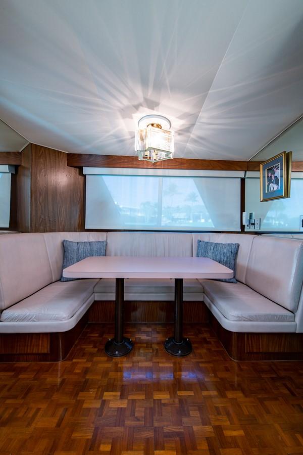 1986 HATTERAS Cockpit Motoryacht Motor Yacht 2501302