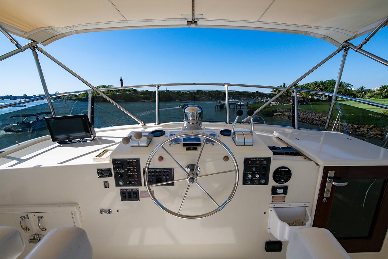 1986 HATTERAS Cockpit Motoryacht Motor Yacht 2501327