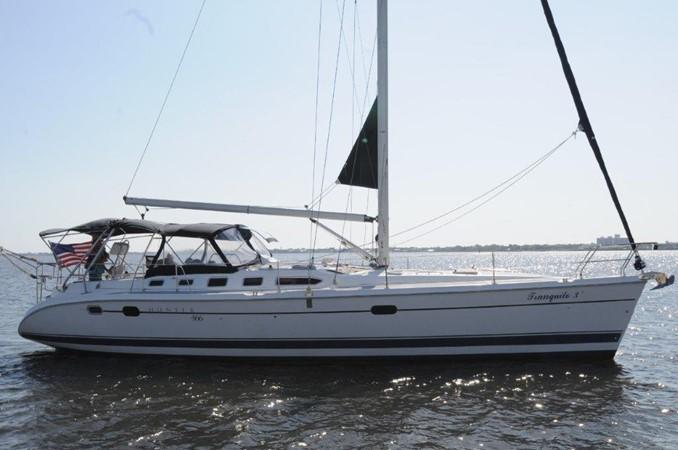 2004 HUNTER 466 Cruising Sailboat 2502310