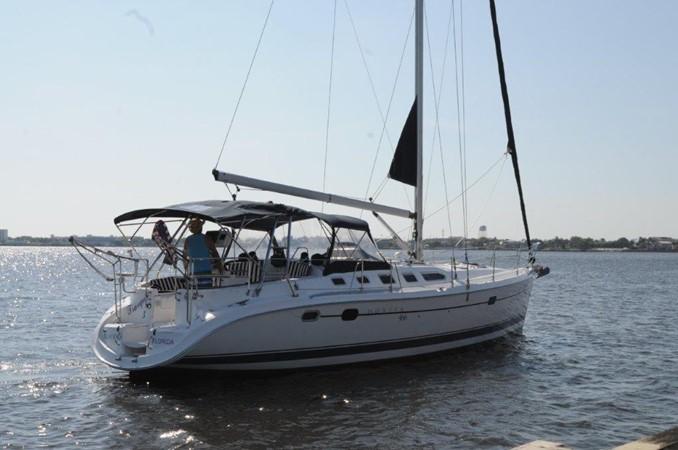 2004 HUNTER 466 Cruising Sailboat 2502311