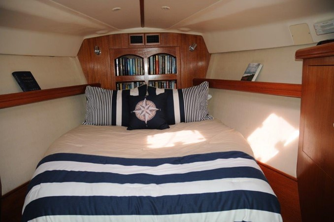 2004 HUNTER 466 Cruising Sailboat 2502313