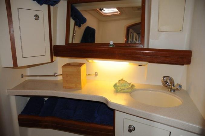 2004 HUNTER 466 Cruising Sailboat 2502316