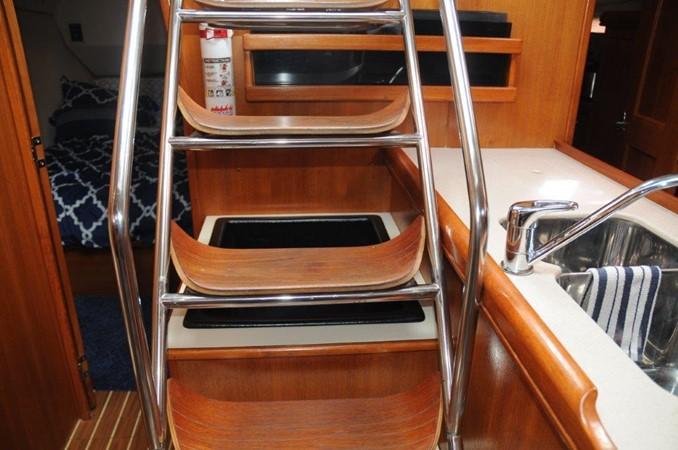 2004 HUNTER 466 Cruising Sailboat 2502332
