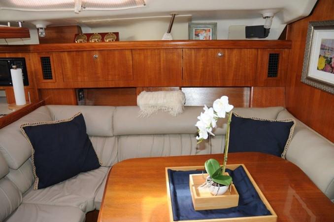 2004 HUNTER 466 Cruising Sailboat 2502333