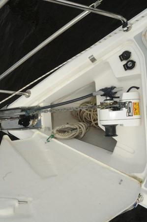 2004 HUNTER 466 Cruising Sailboat 2502335