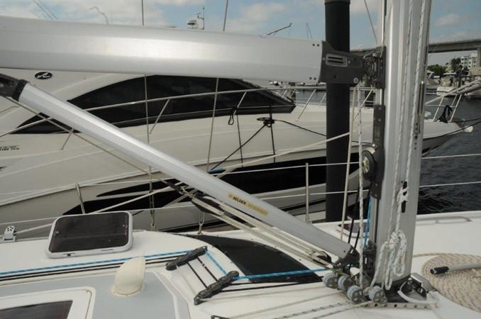 2004 HUNTER 466 Cruising Sailboat 2502337