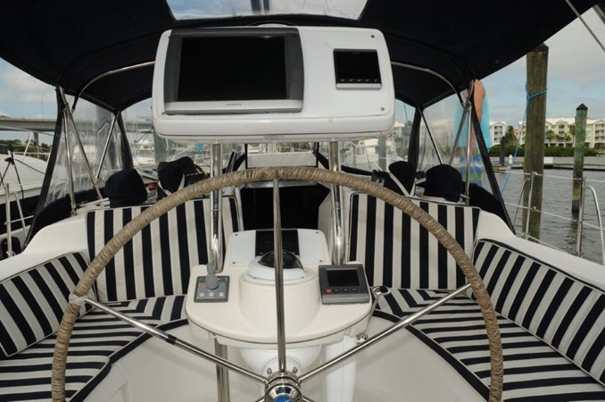 2004 HUNTER 466 Cruising Sailboat 2502339