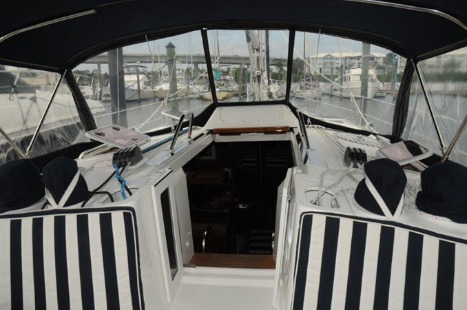 2004 HUNTER 466 Cruising Sailboat 2502343