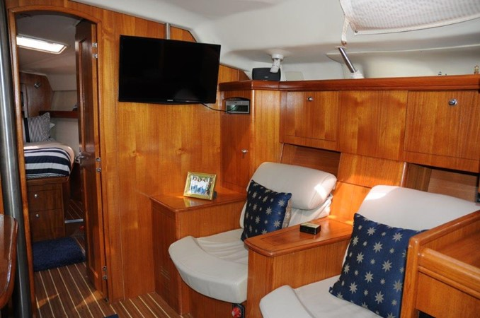 2004 HUNTER 466 Cruising Sailboat 2502345