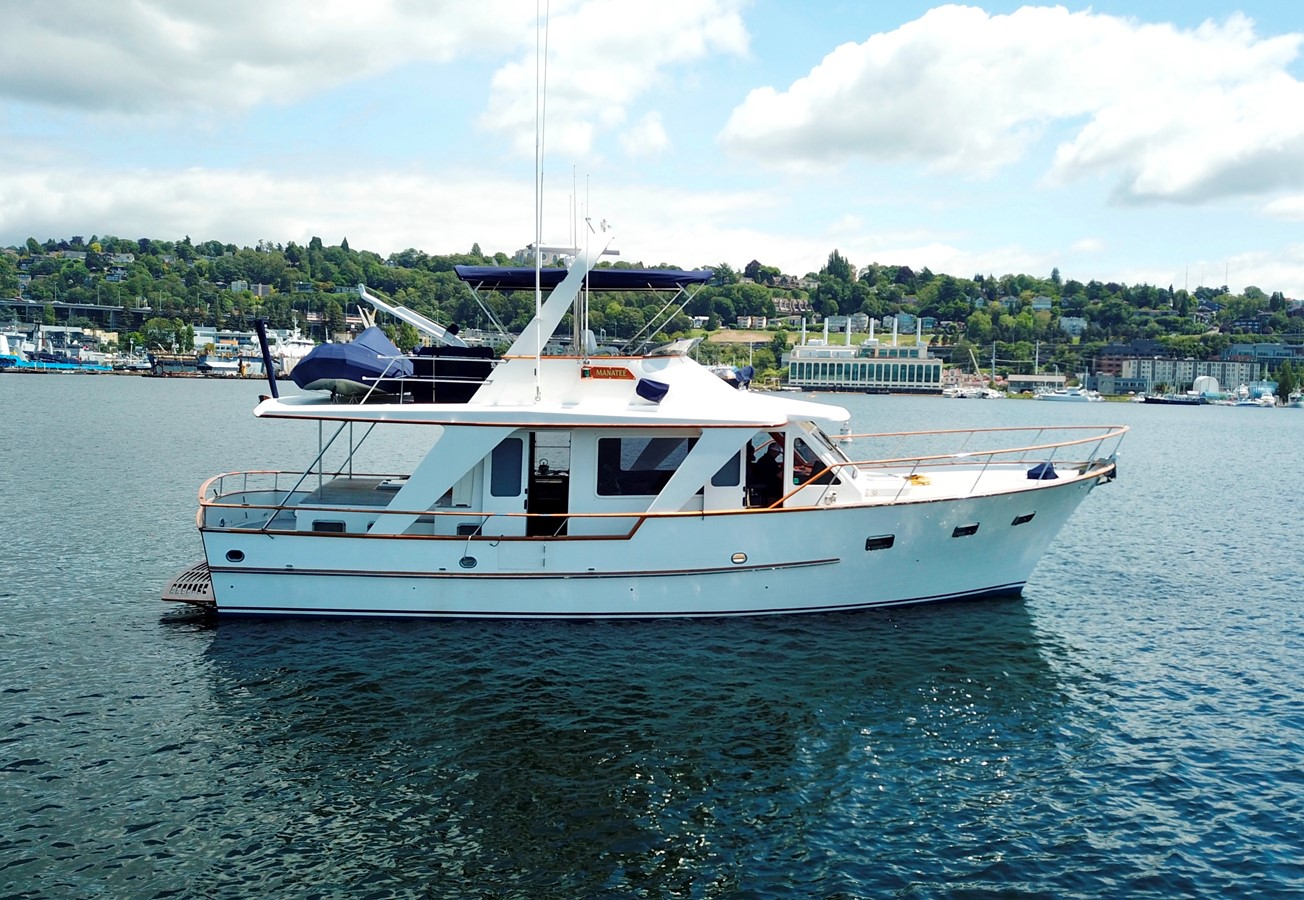 Starboard 1983 DEFEVER Aft Cabin Motoryacht Trawler 2581261