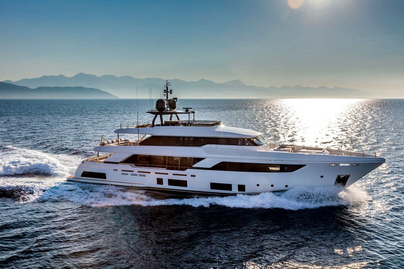 2017 FERRETTI CUSTOM LINE Custom line navetta 37 Motor Yacht 2503726