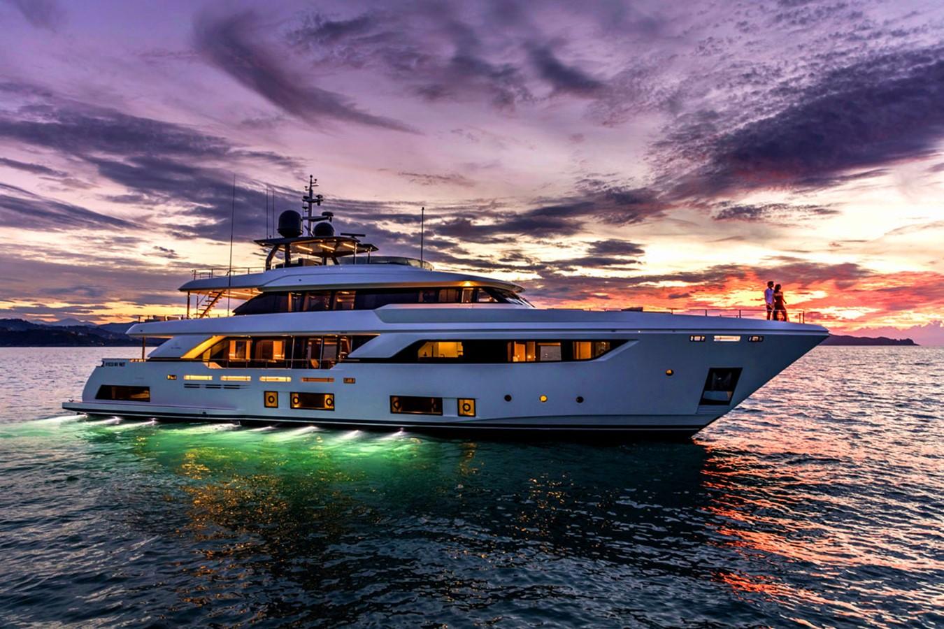 2017 FERRETTI CUSTOM LINE Custom line navetta 37 Motor Yacht 2503730