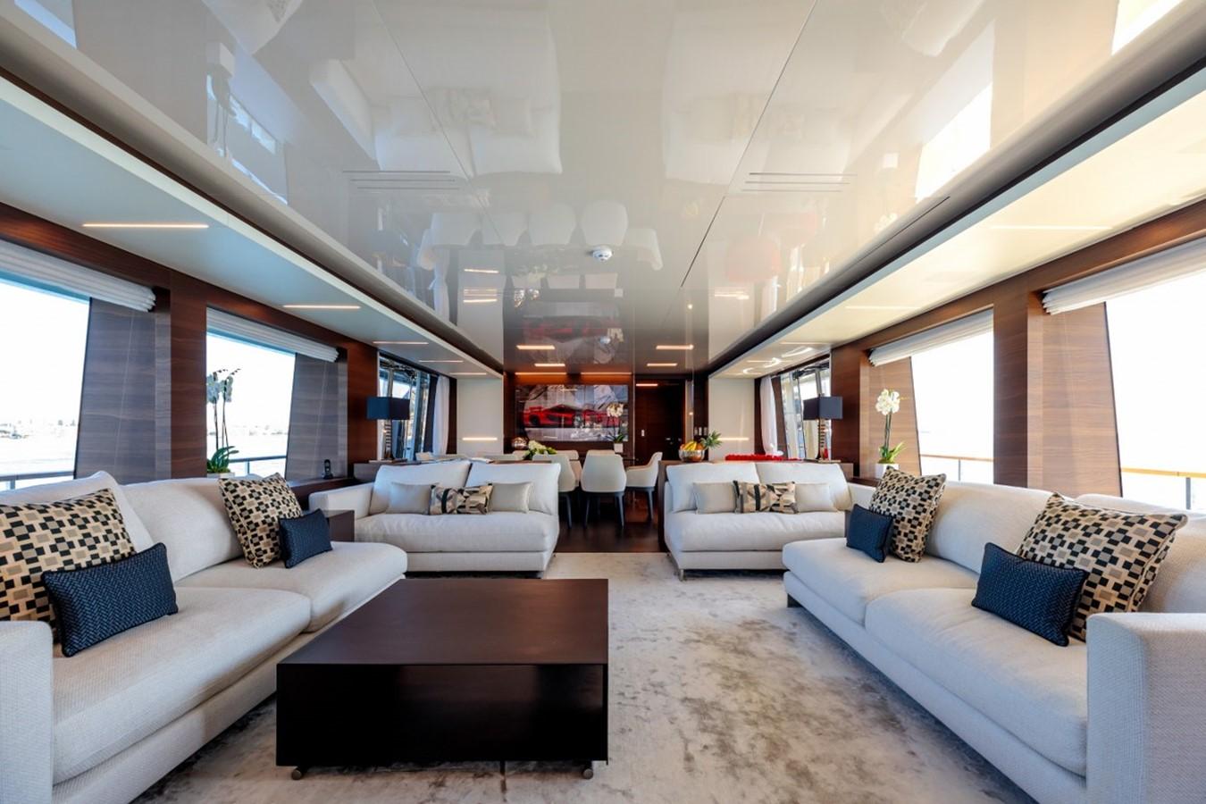 2017 FERRETTI CUSTOM LINE Custom line navetta 37 Motor Yacht 2551759