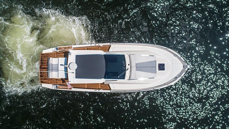 2013 AZIMUT Verve Cruiser 2504050
