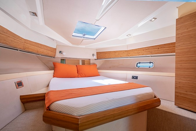 2013 AZIMUT Verve Cruiser 2504057