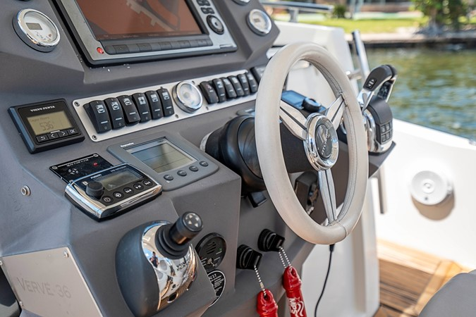 2013 AZIMUT Verve Cruiser 2504072