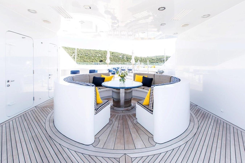 2005 TRINITY  Motor Yacht 2507842