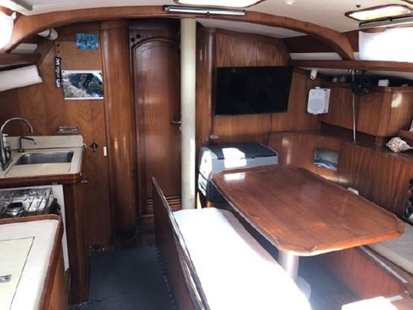 1994 JEANNEAU Sun Odyssey Cruising Sailboat 2504973