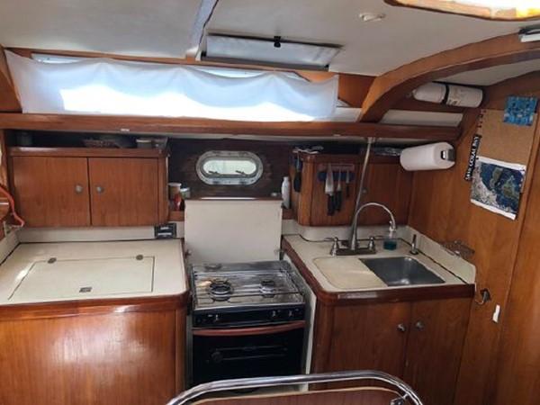1994 JEANNEAU Sun Odyssey Cruising Sailboat 2504976